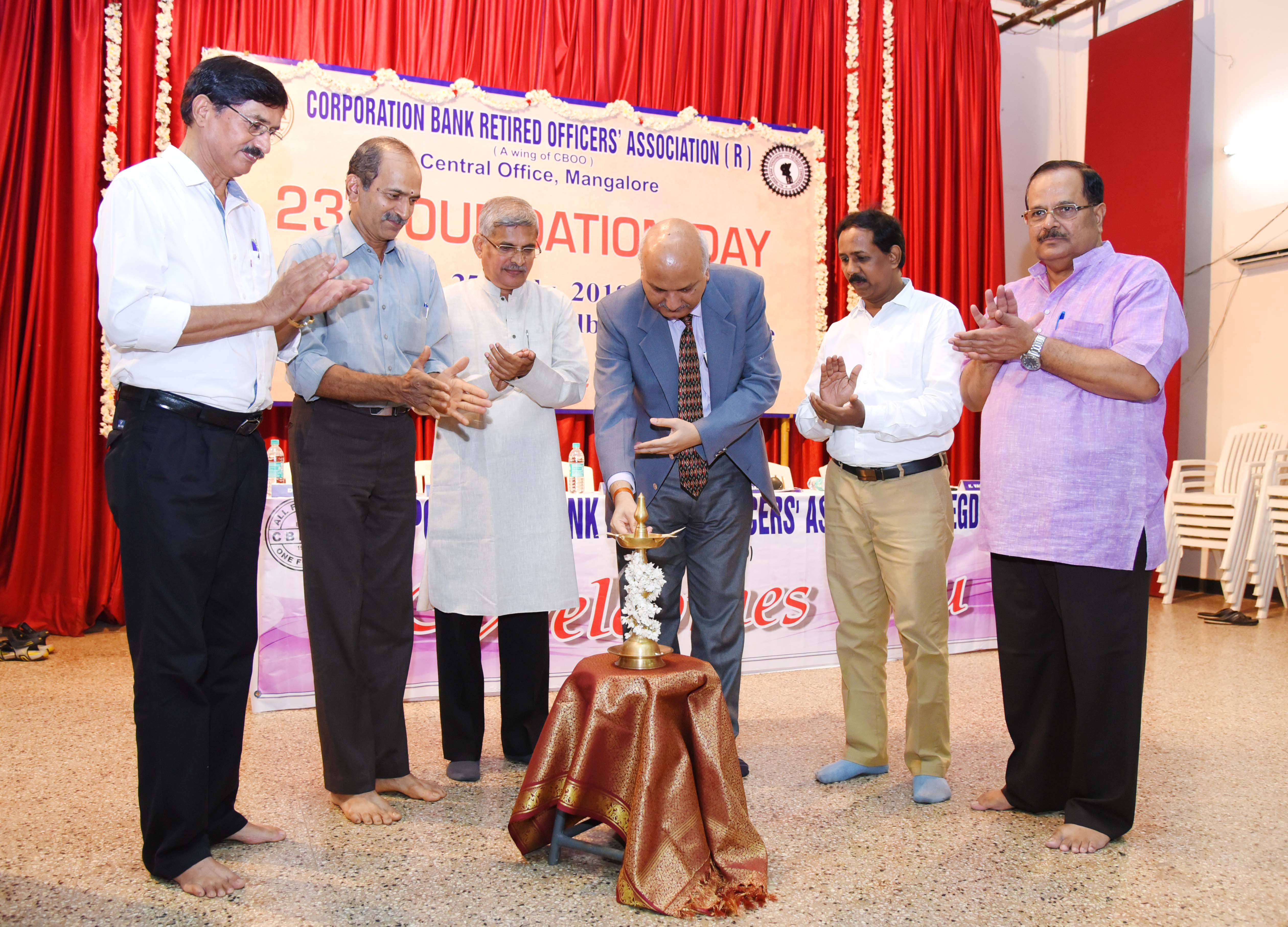 Executive Director, Sri Gopal Murli Bhagat inaugurating the celebrations by lighting the lamp.